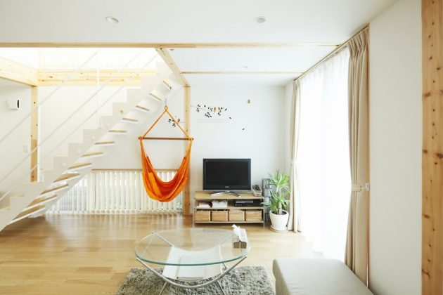 19 astounding japanese interior designs with minimalist charm for Japanese minimalist small house design
