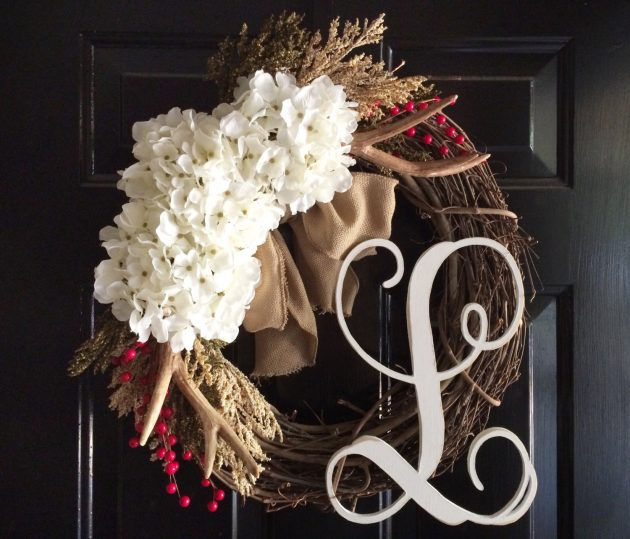 15 Whimsical Handmade Christmas Wreath Designs For Your Front Door