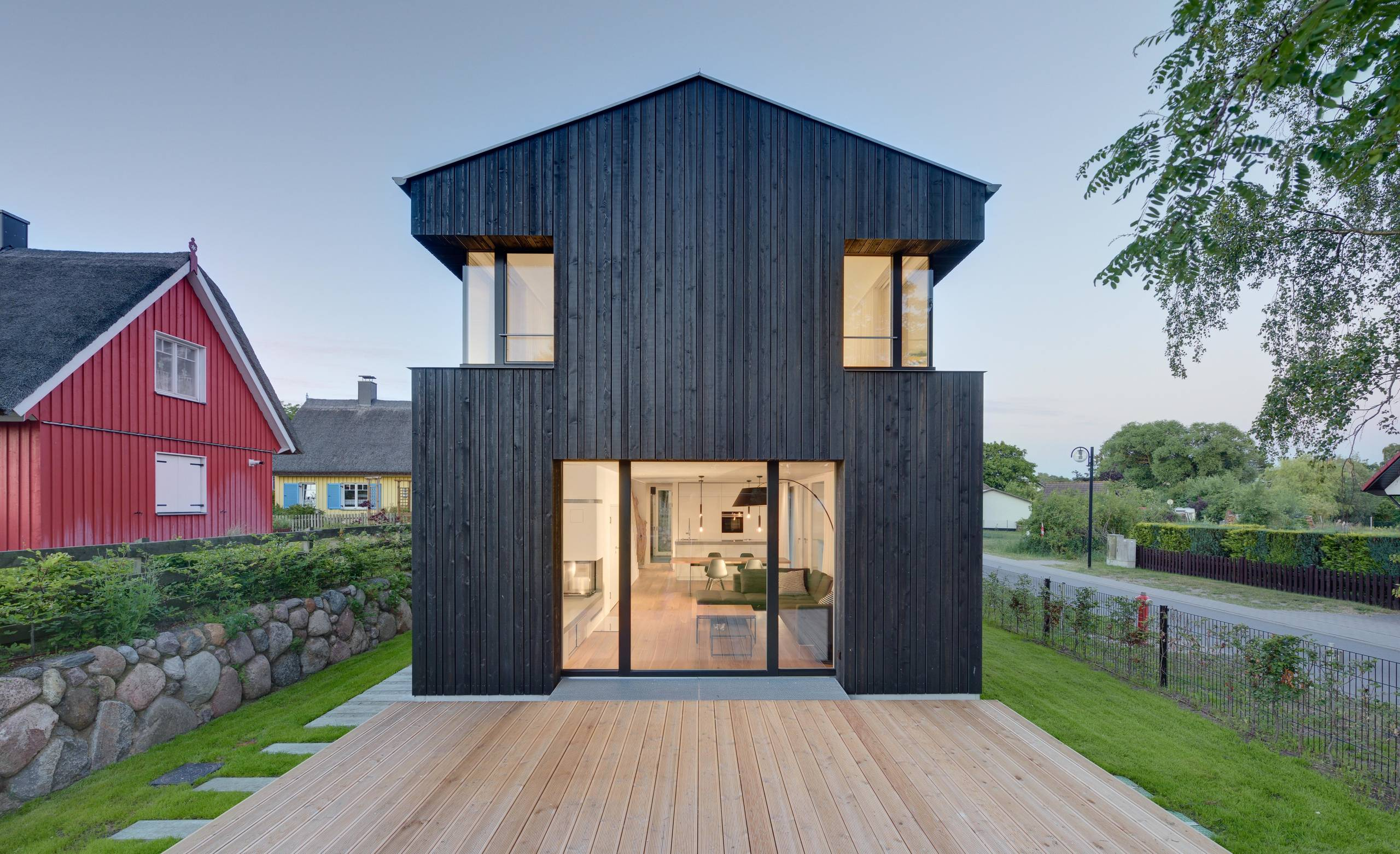 17 spectacular scandinavian exterior designs that will for Scandinavian design house