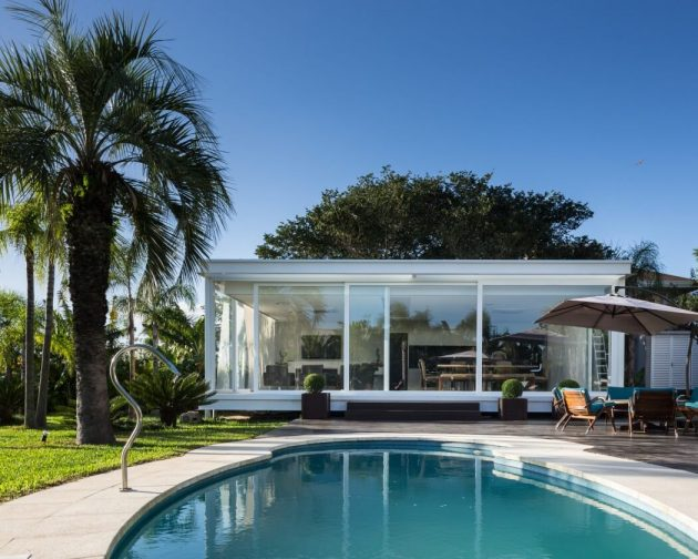 Pool House in Porto Alegre, Brazil by Kali Arquitetura