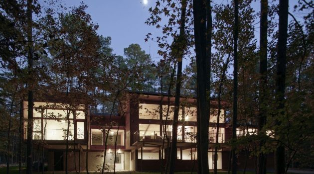Stoneridge House by In Situ Studio in North Carolina, USA