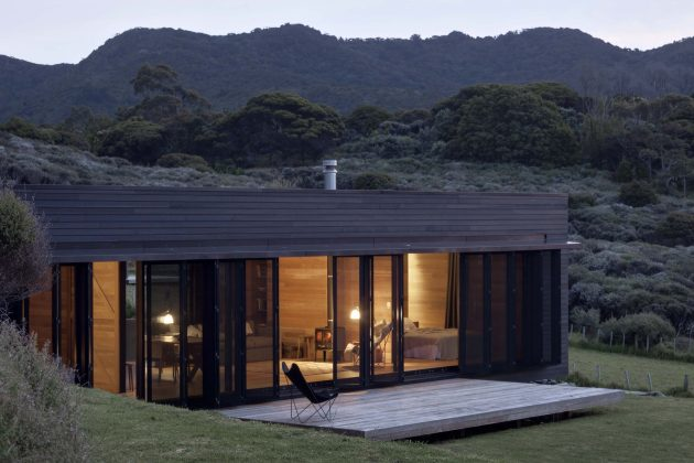 Storm Cottage by Fearon Hay Architects in Great Barrier Island, New Zealand