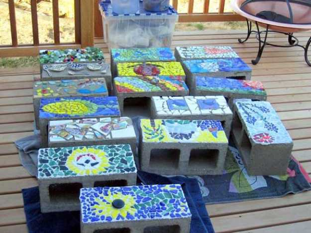 15 artistic diy projects that you can make with broken tiles mosaic concrete blocks 15 artistic diy projects solutioingenieria Gallery