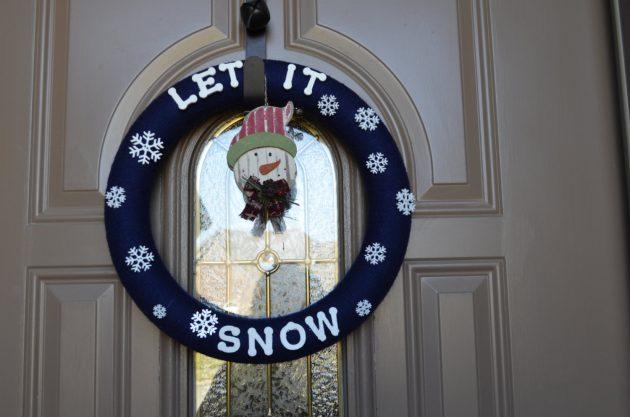 16 Charming Handmade Winter Wreath Designs Your Front Door Lacks