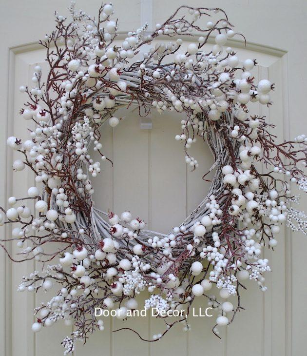16 Charming Handmade Winter Wreath Designs Your Front Door