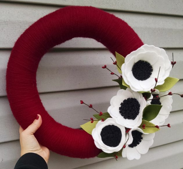 15 Fancy Handmade Holiday Wreath Designs For This Christmas