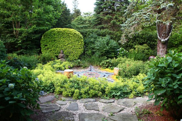 16 Dreamlike Eclectic Landscape Designs For Your Garden