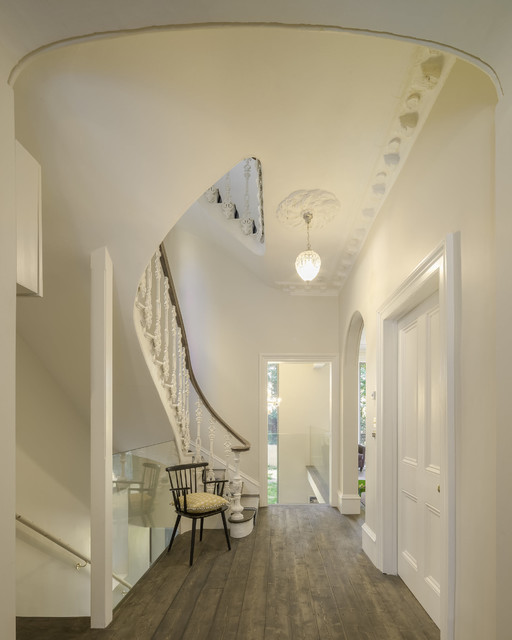 17 Fabulous Ideas For Decorating Functional Hallway