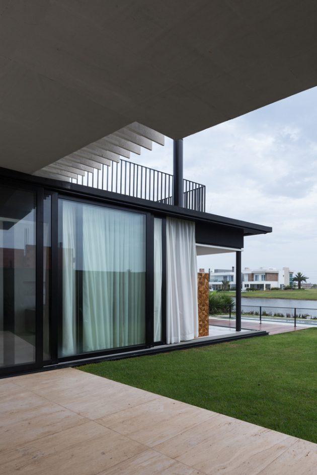 Enseada House by Arquitetura Nacional in Xangri Lá, Brazil