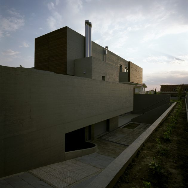 Residence in Larissa by Potiropoulos D+L Architects in Larissa, Greece