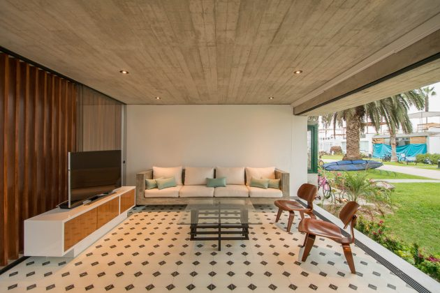S House by Romo Arquitectos in Lima, Peru