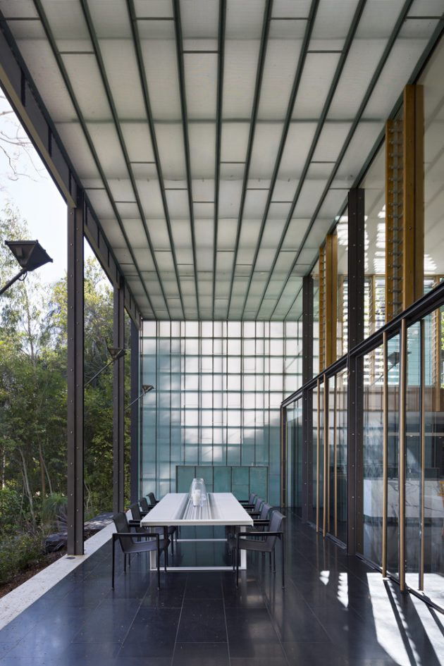 Taringa House by Loucas Zahos Architets in Brisbane, Australia