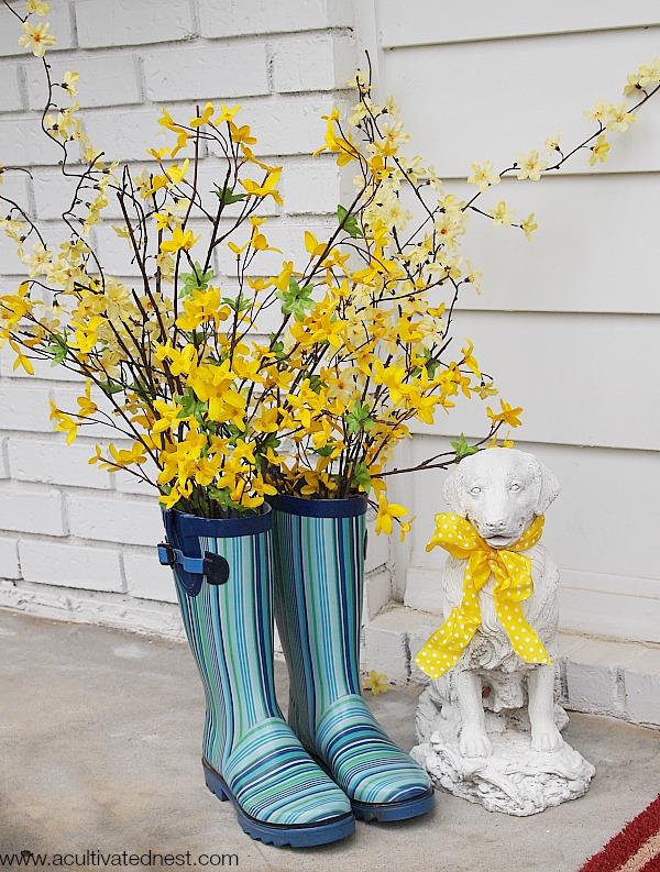 17 Super Creative Ideas To Repurpose Rain Boots Into Planters