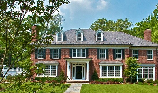 16 Marvelous Brick House Designs That You Shouldn't Miss