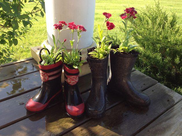 17 Σούπερ δημιουργικές ιδέες μπορείτε να επαναπροσδιορίσετε Μπότες βροχής Into Γλάστρες