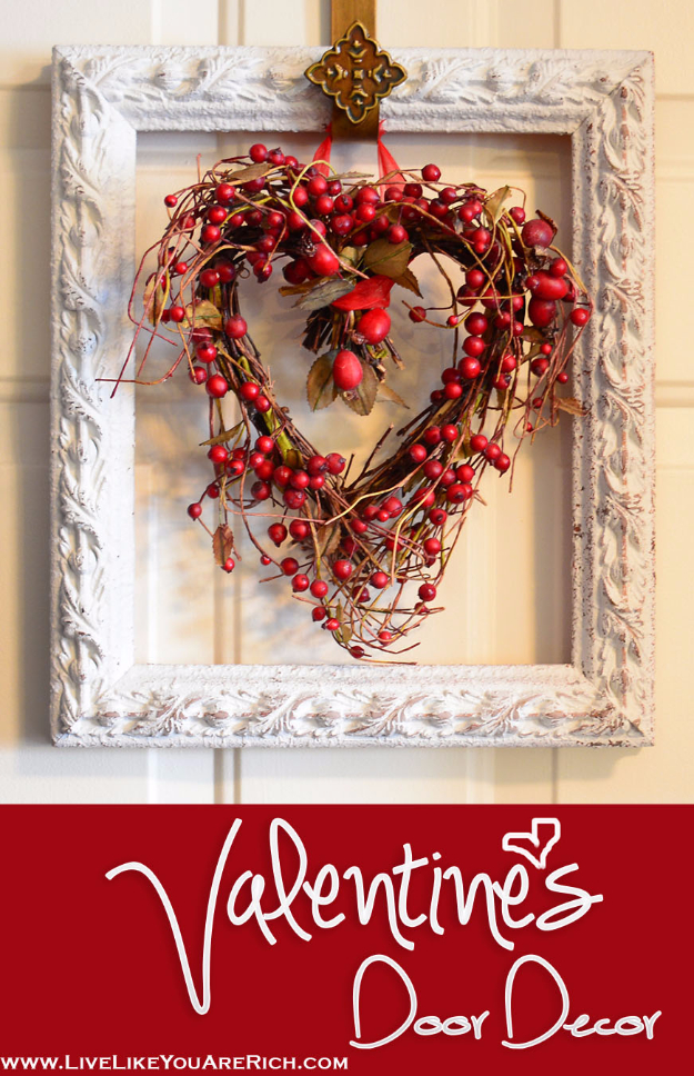 16 Charming DIY Valentine\'s Day Decor Ideas You Can Make In A Moment