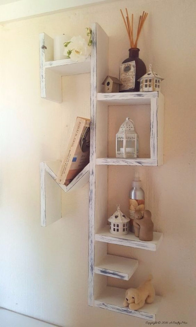 16 Clever And Easy DIY Pallet Furniture Ideas
