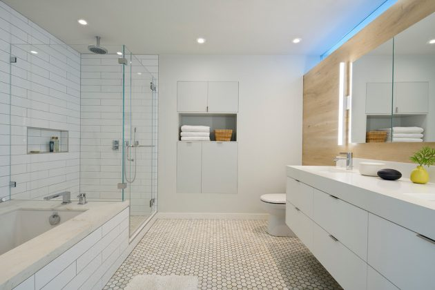 16 Inspirational Mid-Century Modern Bathroom Designs