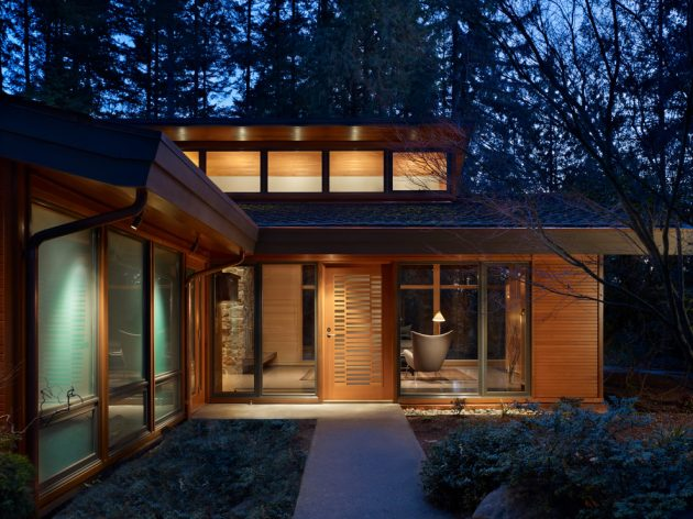 17 Captivating Mid-Century Modern Entrance Designs That Simply Invite You Inside