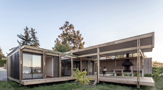 Assemble House by PAR Arquitectos in Las Cabras, Chile
