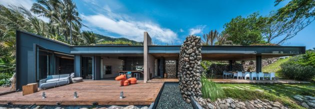 Atolan House by Create + Think Design Studio on The Eastern Seaboard of Taiwan