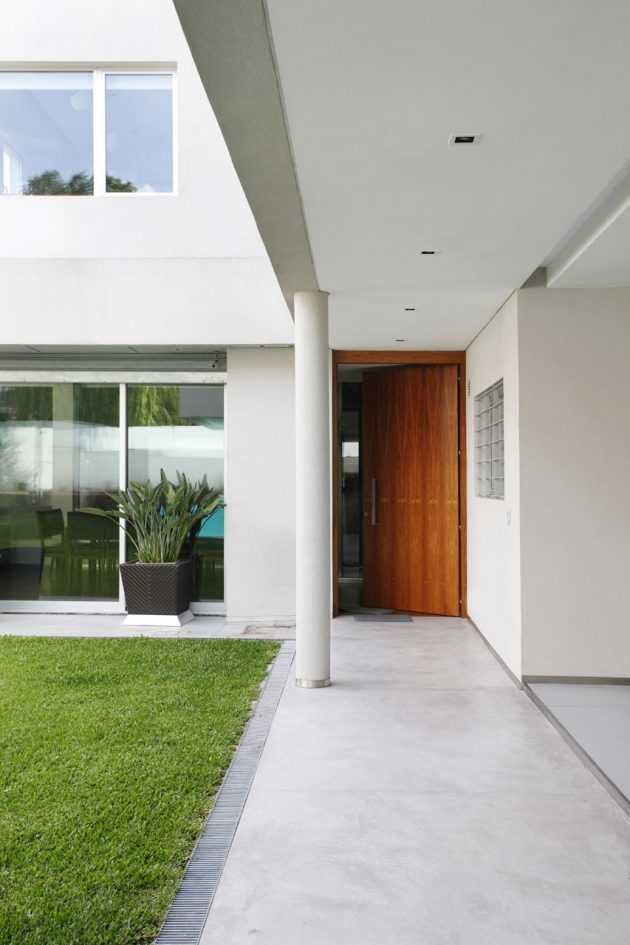 Devoto House by Andres Remy Arquitectos in Buenos Aires, Argentina