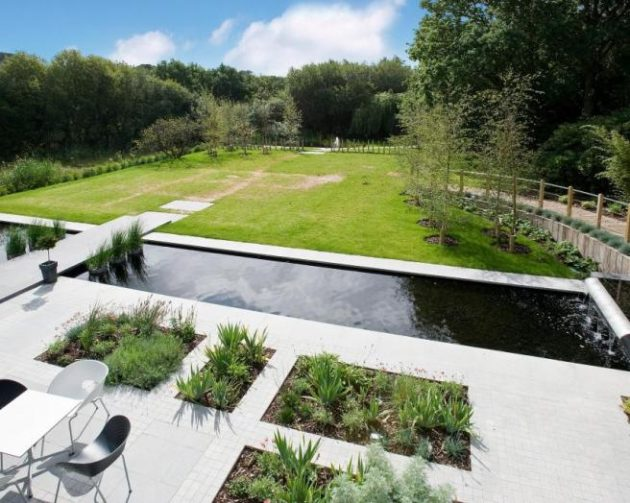 16 Attractive Garden Pond Designs That Everyone Should See on Modern Pond Ideas id=54897