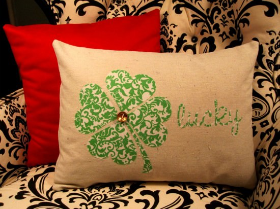 15 Awesome St. Patrick's Day DIY Decor That Will Bring Luck To Your Home