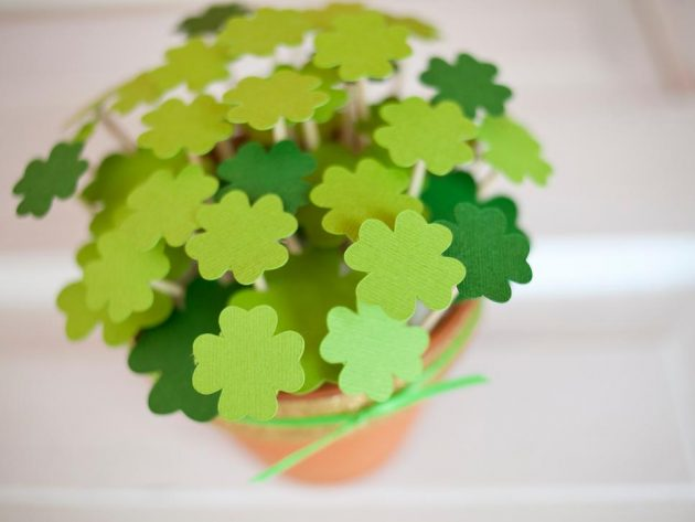 15 Awesome St. Patricks Day DIY Decor That Will Bring Luck To Your Home