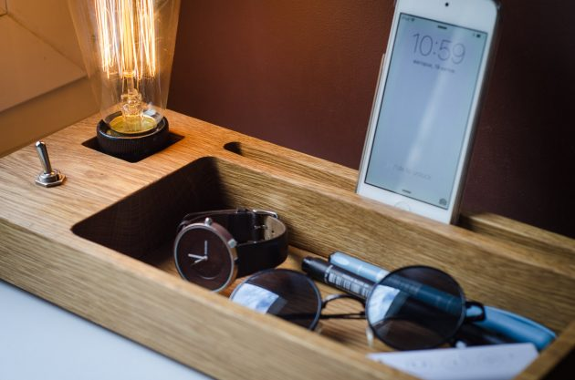15 Highly Practical Organization Crafts For The Tech Geeks
