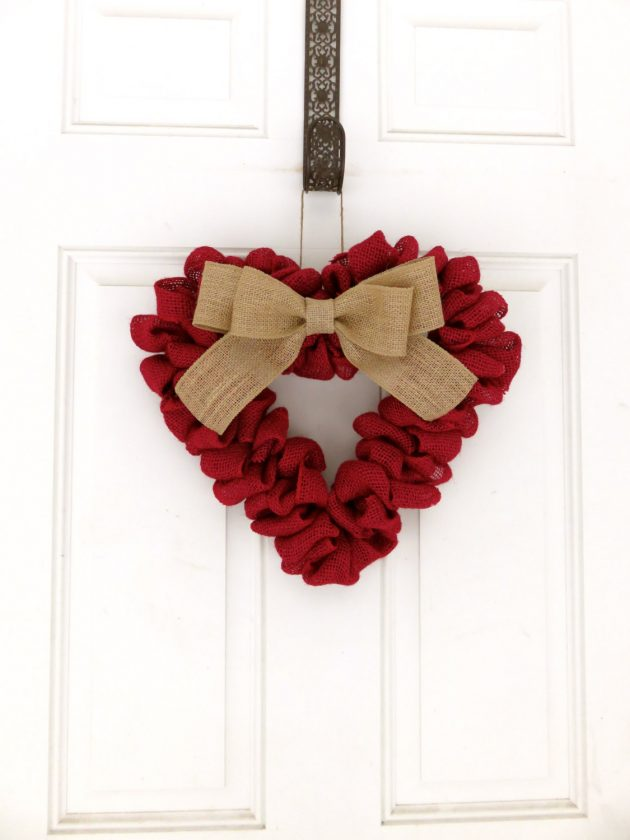 15 Sweet Handmade Valentines Day Wreath Designs For Your Last Minute Gift