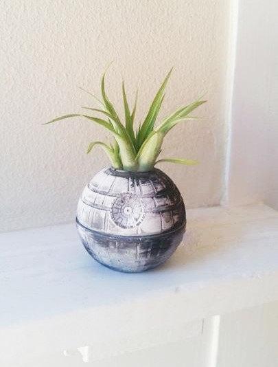16 Elegant Handmade Indoor Planters To Freshen Up Your Home Decor