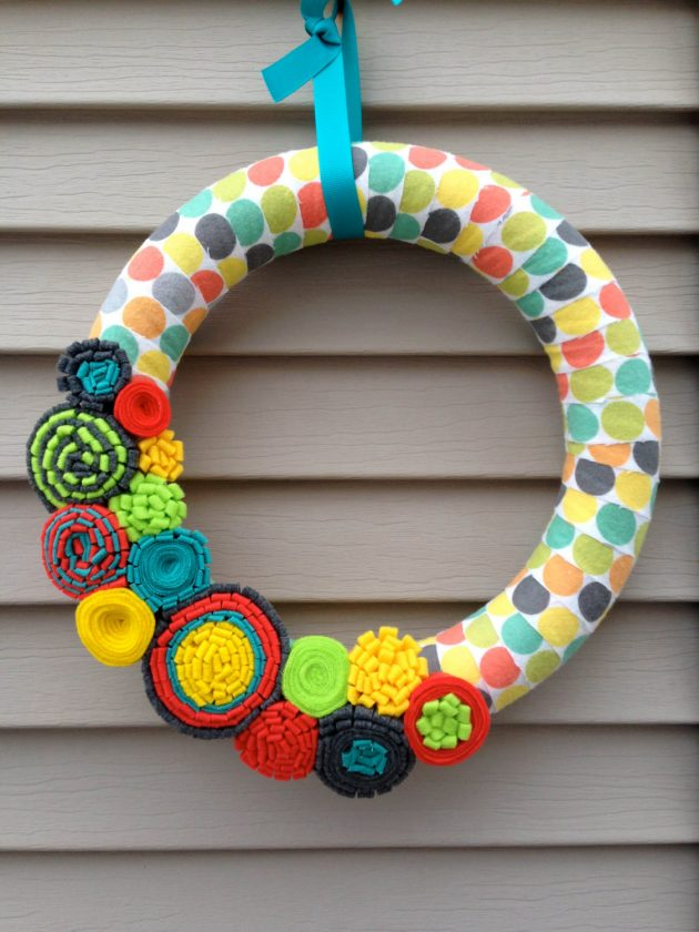 16 Enchanting Handmade Spring Wreath Designs To Refresh Your Front Door