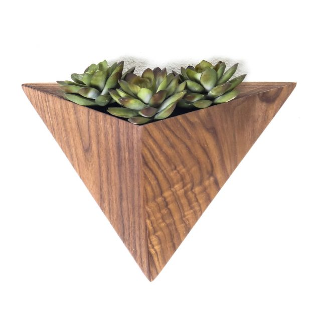 16 Stunning Geometric Planter Designs For The