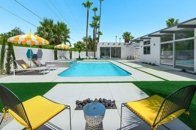 16 Stunning Mid-Century Modern Swimming Pool Designs That Will Leave You Breathless