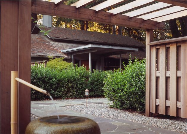 17 Scenic Mid-Century Modern Landscape Designs You Need In Your Garden