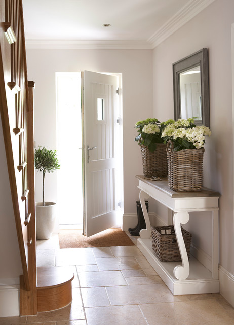 Outstanding Hallway Designs To Impress Your Guests