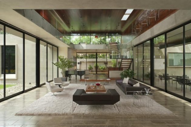 The 18 Prettiest Living Rooms With Glass Walls That You Have Ever Seen