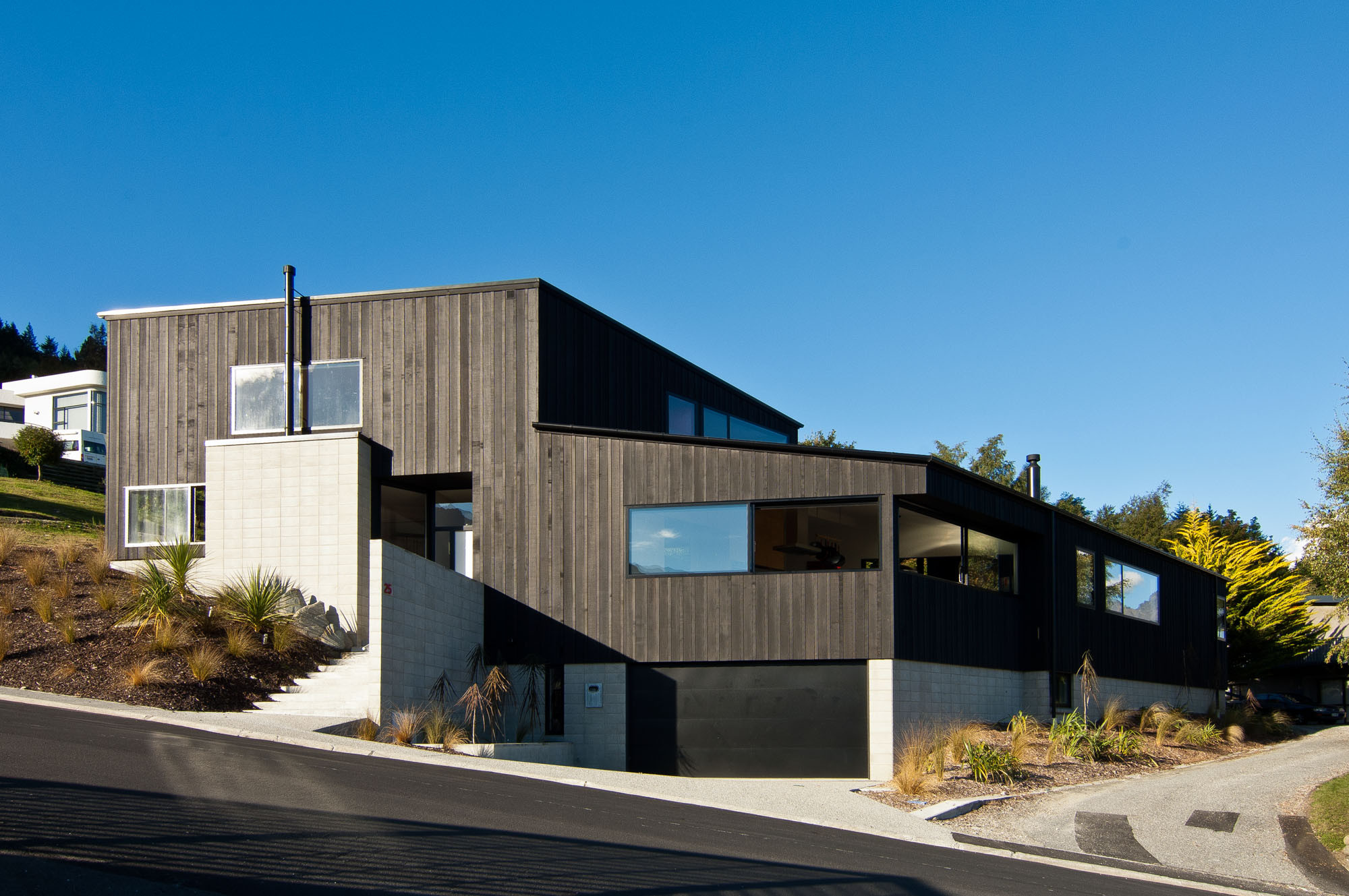 Modern Architecture Dublin dublin street housekerr ritchie in queenstown, new zealand