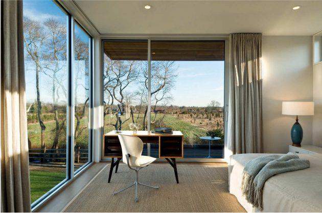 Fieldview Residence by Blaze Makoid Architecture in East Hampton, New York