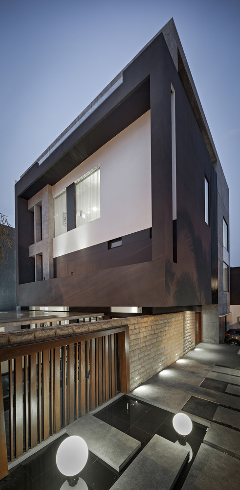 S+I House by DP+HS Architects in Jakarta, Indonesia