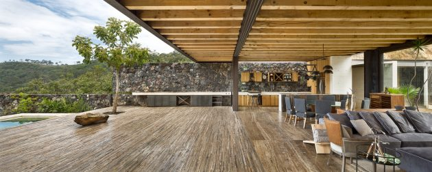 Tucán House by Taller Héctor Barroso in Valle de Bravo, Mexico