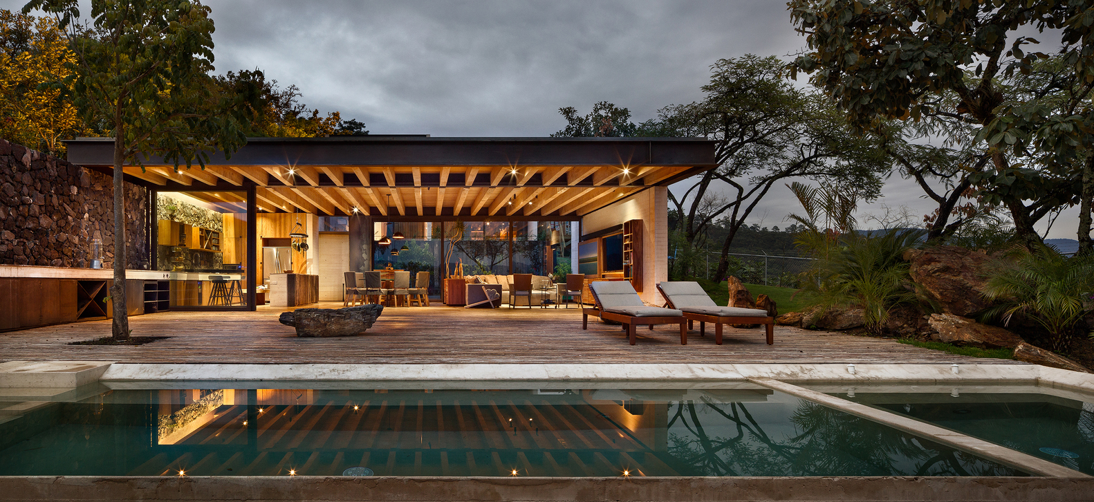 Tuc 225 N House By Taller H 233 Ctor Barroso In Valle De Bravo Mexico