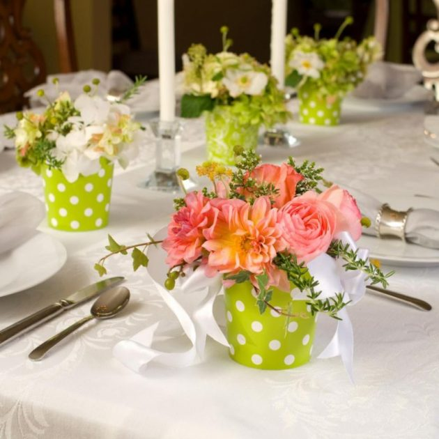 10 DIY Flowers Centerpieces To Enter Spring Vibes In The Home