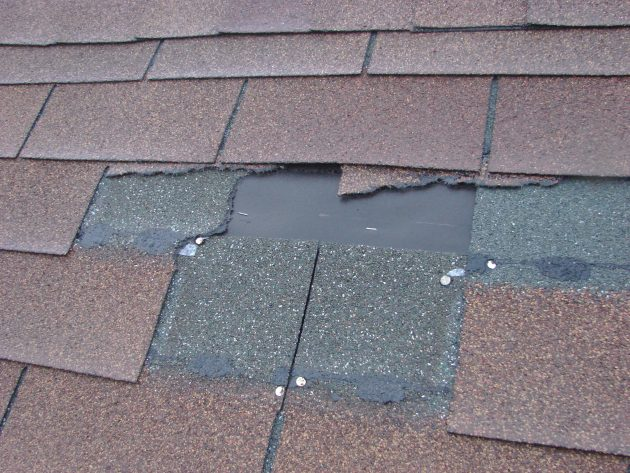 Keep Up With Maintaining And Inspecting Older Homes - roof, old homes, leaks, leak, inspecting, faucet, drainage, drain, basement