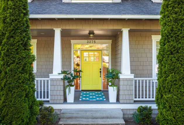 16 Inviting Transitional Entrance Designs You Need To See