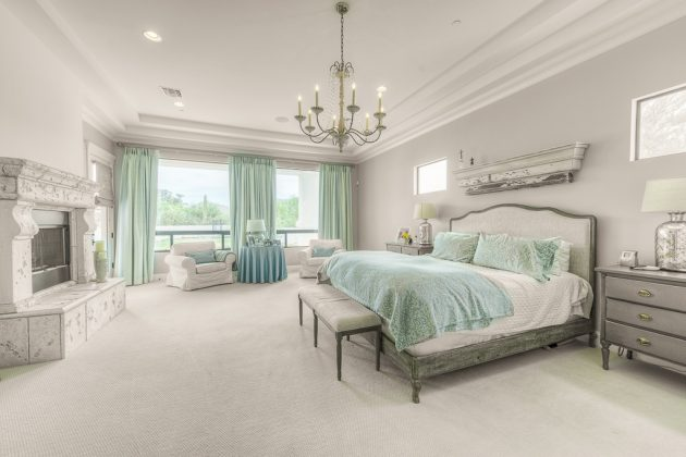18 brilliant chandelier designs for your master bedroom mozeypictures Choice Image
