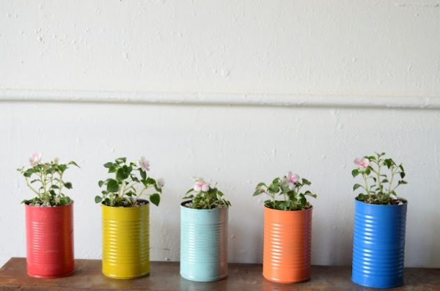 Top 6 Budget-Free DIY Ideas To Repurpose Your Old Items Wisely