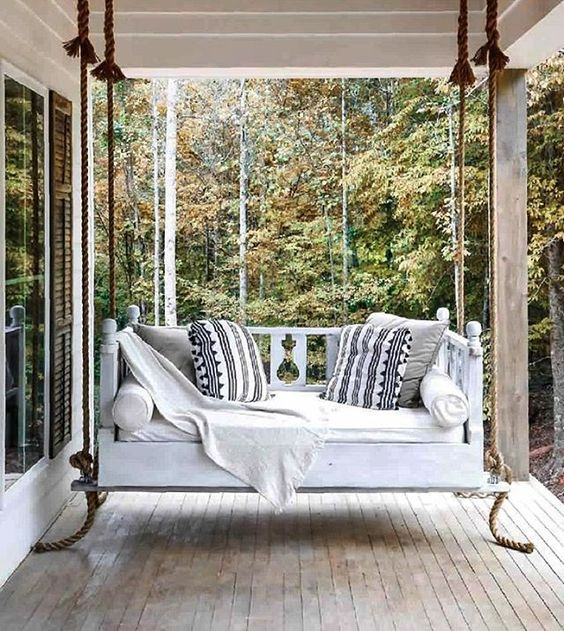 White Daybed Pillows