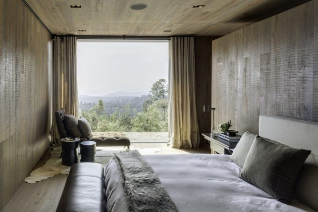 El Mirador House by CC Arquitectos in Valle de Bravo, Mexico